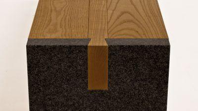 tuinbank-hout met steen (1)